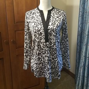 Vince Camuto black and white tunic, EUC